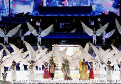 中国首部大型山水历史舞剧《长恨歌》气壮山河(记者在现场拍摄)
