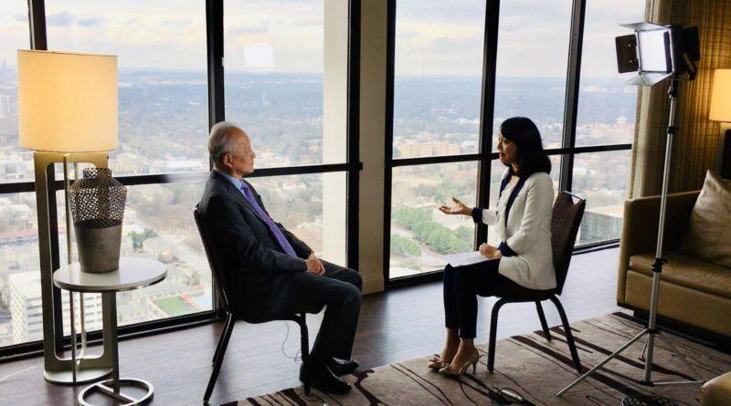 凤凰来稿  中国驻美大使崔天凯接受凤凰卫视独家专访   谈及中美关系应开辟未来